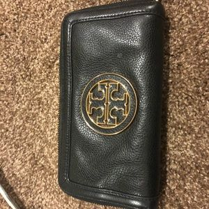 Tory Burch Black pebbled leather Robinson Wallet